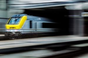"""Verhandlungen über zukünftige """"Managementverträge"""" für SNCB und Infrabel kommen in Gang"""