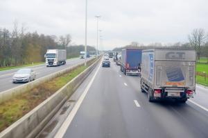 """Le Ministre Gilkinet soutient les transporteurs routiers belges pour revoir le régime de cabotage du """"Mobility Package I"""""""