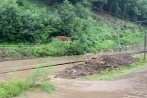 Overstromingen : Uitzonderlijk wordt het treinverkeer stilgelegd in een groot deel van Wallonië