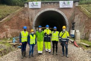 Infrabel legt 20.000 nieuwe dwarsliggers op de spoorlijn tussen Oudenaarde en Ronse